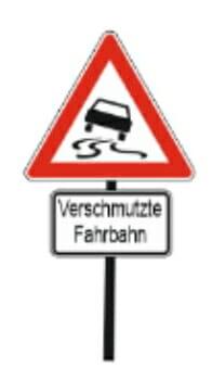 Verschmutze Fahrbahn